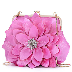 Handcee 2020 New Stereoscopic Big Flower Rhinestone Shoulder Chain Bag Leather Handbag Manufacturers