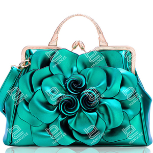 2020 New Stereoscopic Big Flower Shoulder Bag No Famous Brand Handbags in Stock