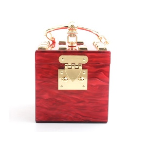 SUQARE IN RED COLOR,GOLD METAL TOP HANDLE LML-2002